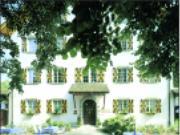 Eingang zum Schloss Böttstein
