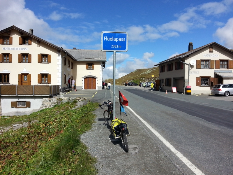 Flüelapass, in Fahrtrichtung nach Davos
