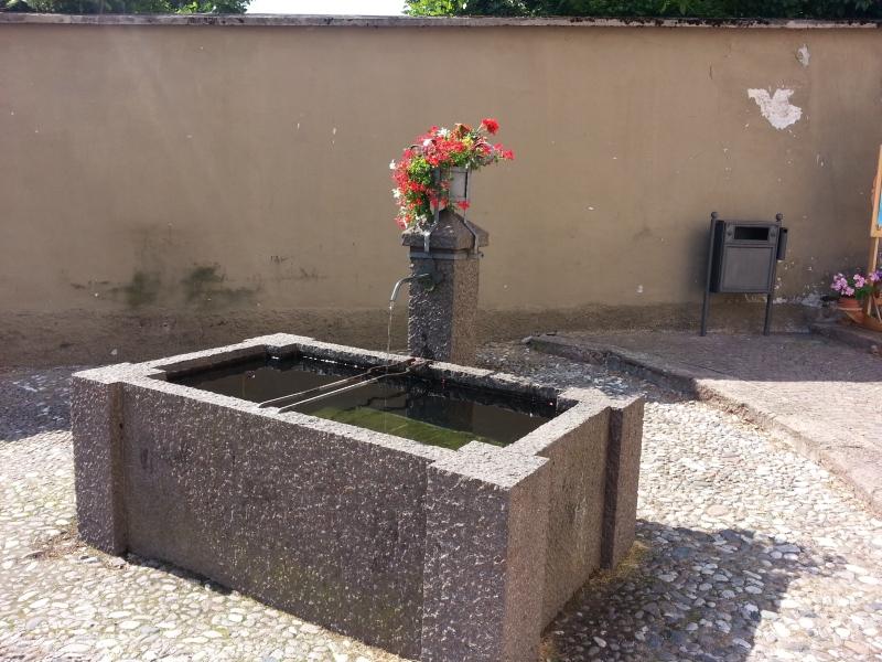 Einer der vielen Brunnen von Cavalese