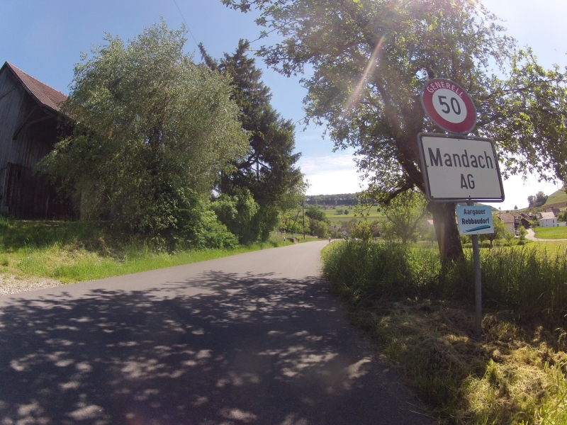 Dorfeingang Mandach