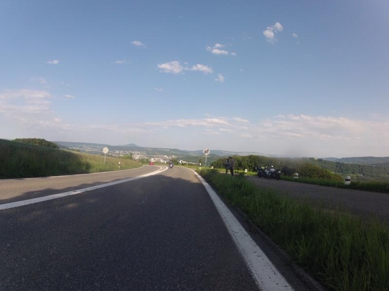 Abfahrt vom Bözberg ins Aaretal