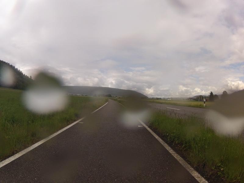 Regen auf dem Weg zur Bürensteig