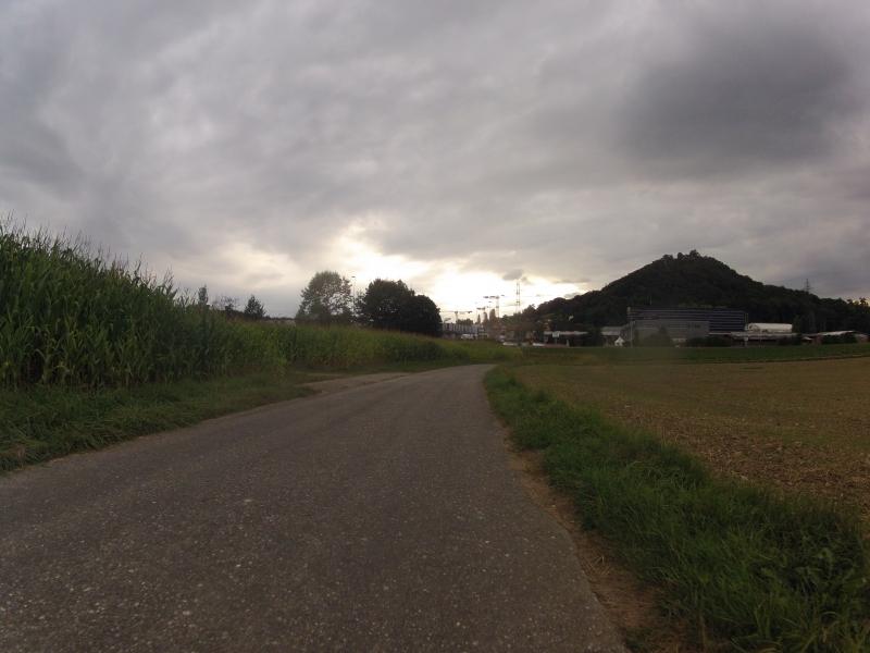 Abendliche Wolkenstimmung über dem Birrfeld