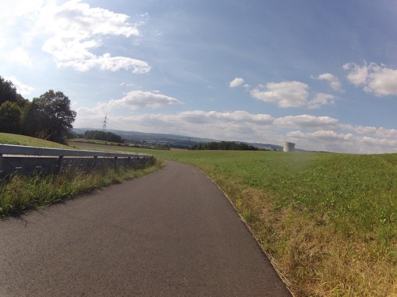 Zum Rhein hinunter
