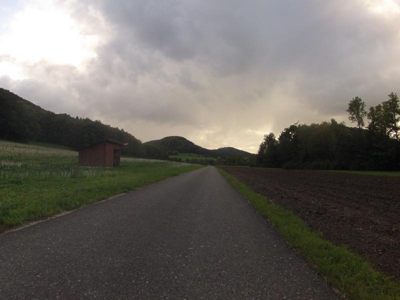 Dem Regen entgegen