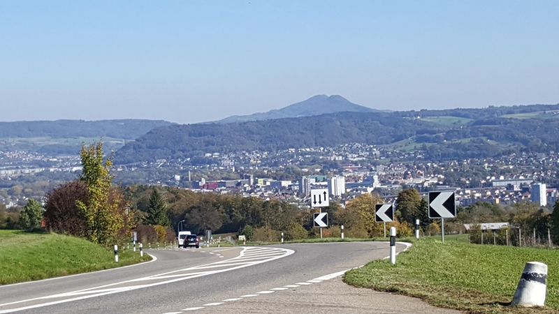 Aaretal von Vierlinden (Bözbergstrasse)