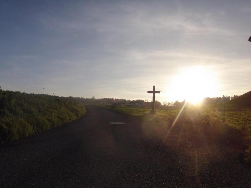 Kreuz am alten Wohlerweg zwischen Niederwil und Wohlen