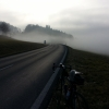 Kurz über dem Nebel