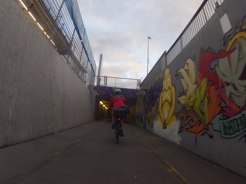 Graffiti in der Bahnunterführung