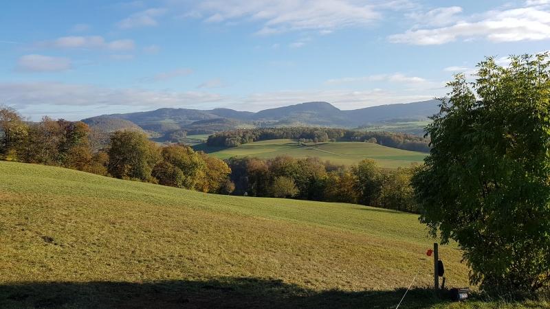 Blick in Richtung Fricktal, oberhalb Hornussen