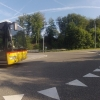 Postauto im Kreisel