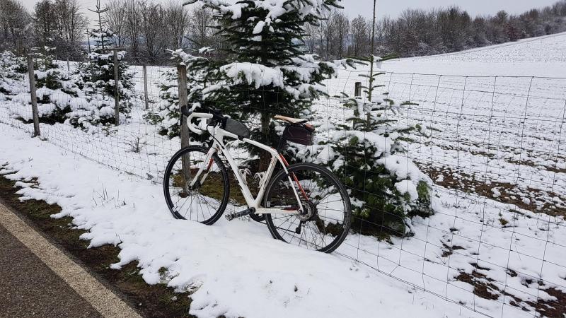 Rennrad im Schnee