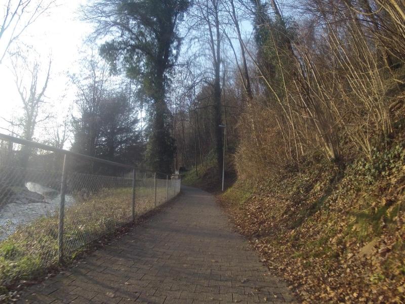 Der Bünz entlang