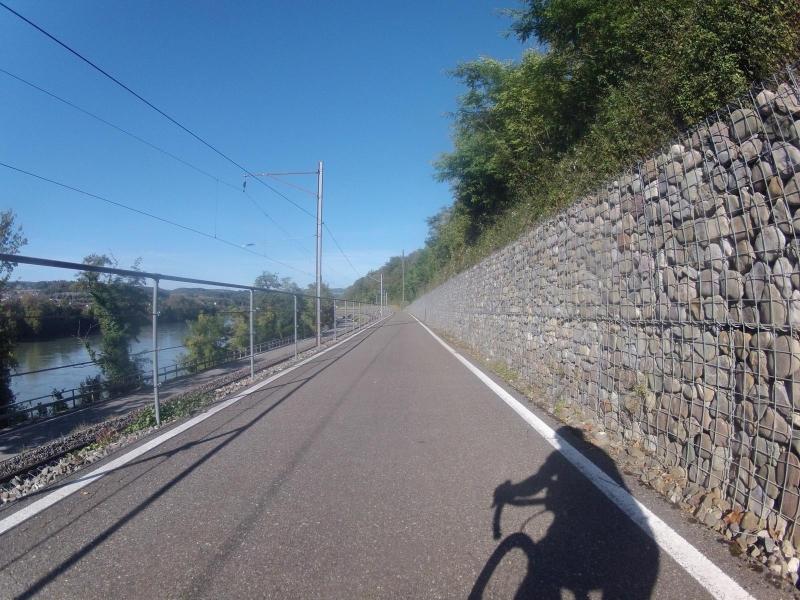 von Rheinsulz nach Etzgen dem Rhein entlang
