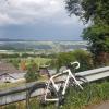 Blick zum Mutschellen und den Regenwolken über dem Limmattal
