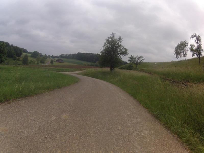 Nach Kirchbözberg hinunter