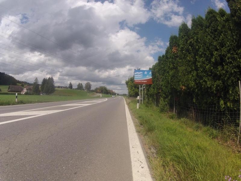 Kantonsgrenze im Reusstal