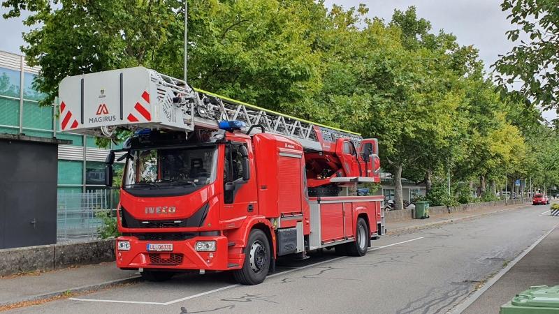 mit dem Feuerwehrauto auf Besuch