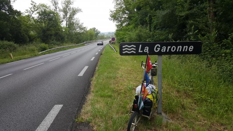 Über die Garonne