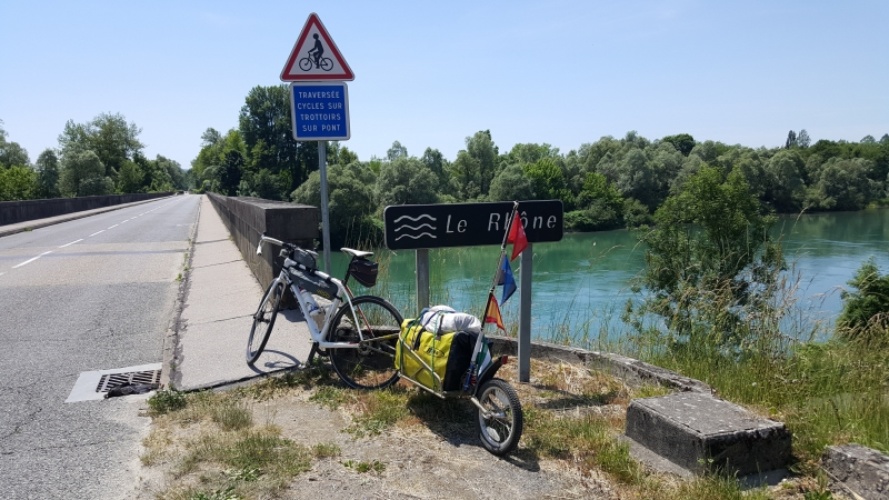 Rhonebrücke nördlich Lyon