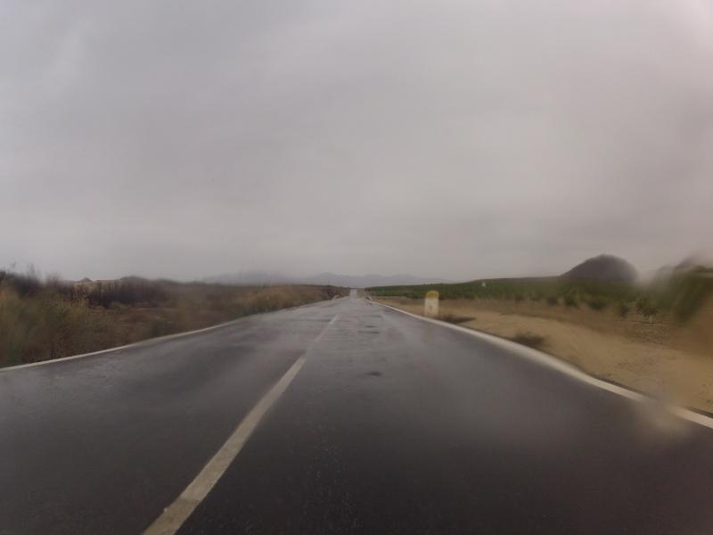 Regennasse Strassen