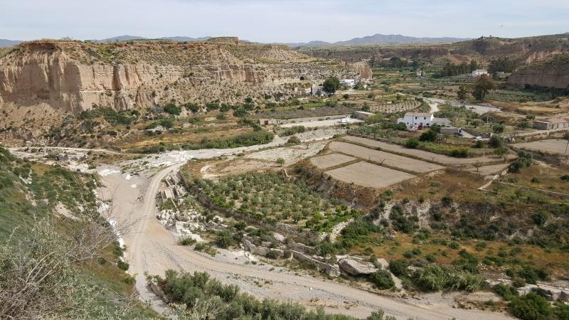 Bachbett des Rio Aguas