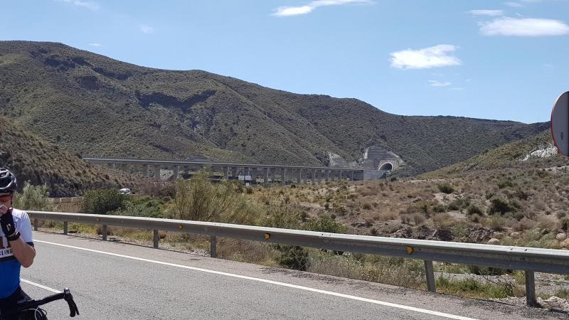 Moderne Via Verde? unbenutztes Bahntrasse der neueren Zeit
