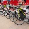 Rennräder während des Mittagslunch