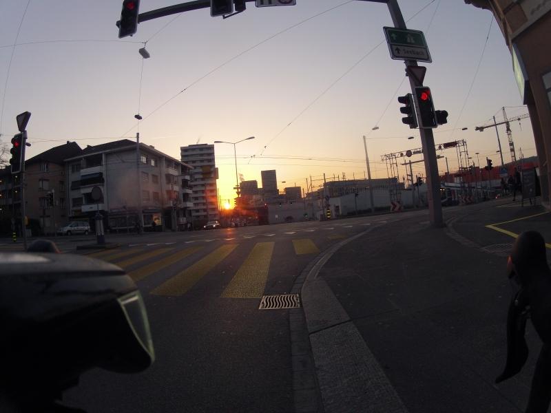 Sonnenaufgang über Oerlikon