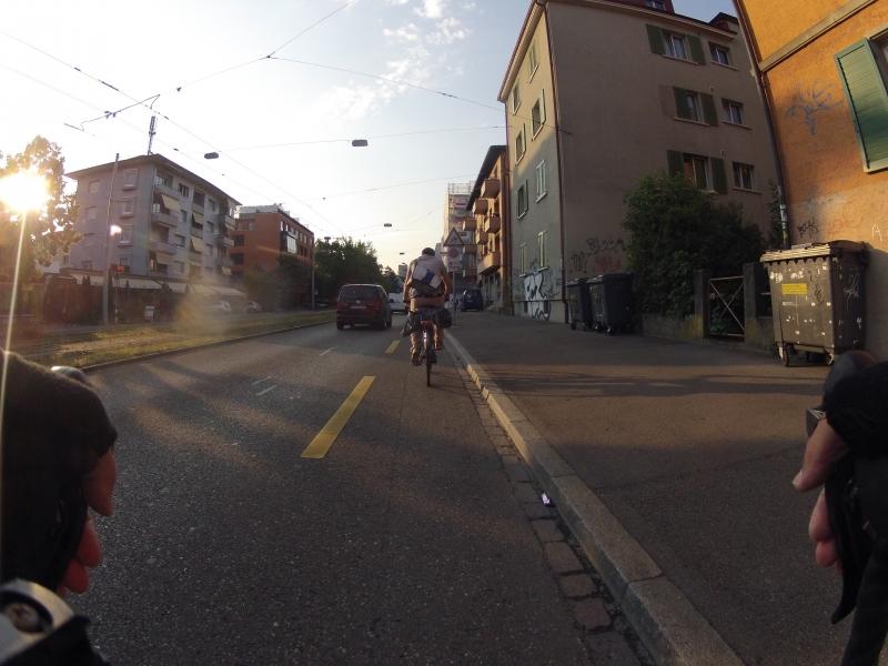 Wenig Verkehr auf der Strasse