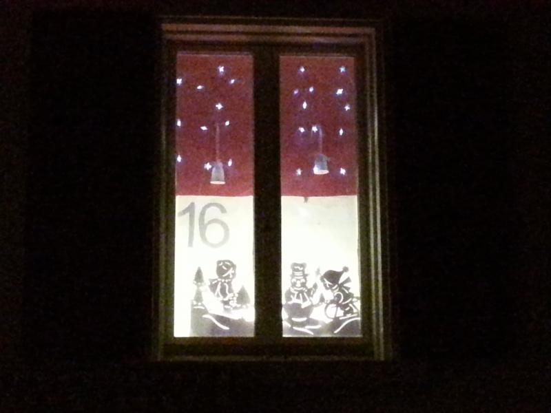 Adventsfenster 16