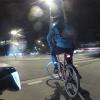 der mit dem orangefarbenen Fahrrad