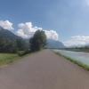 Radweg auf dem Rheindamm