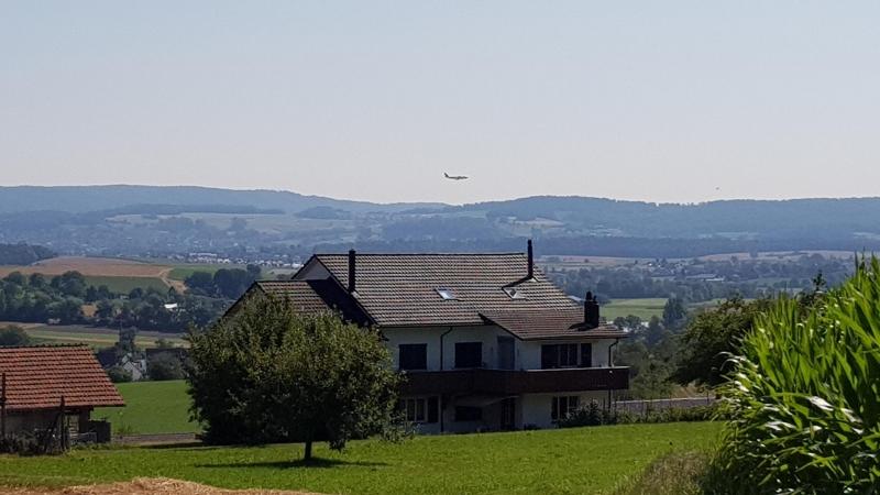 Anflug auf den Flughafen Zürich - Kloten