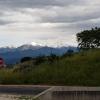 Blick zurück in die verschneiten Pyrenäen