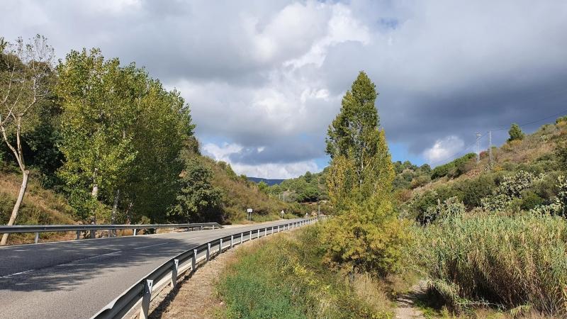 Passstrasse zum Coll de la Batalla hinauf