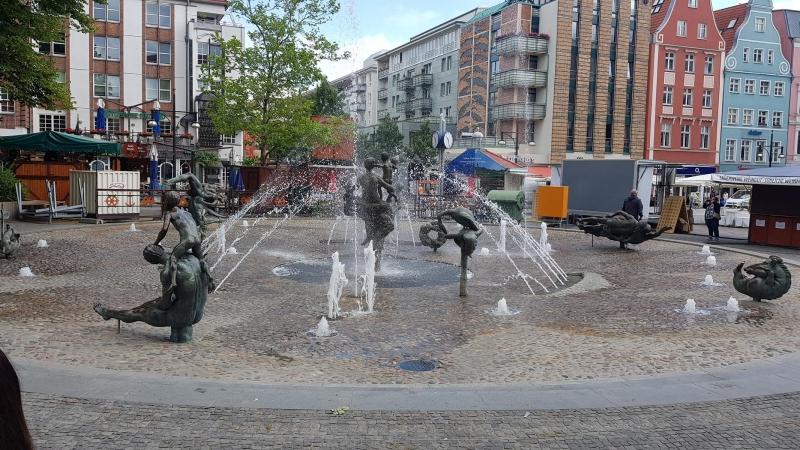 Rostock, Brunnen des Lebens