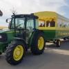 Traktor und Anhänger
