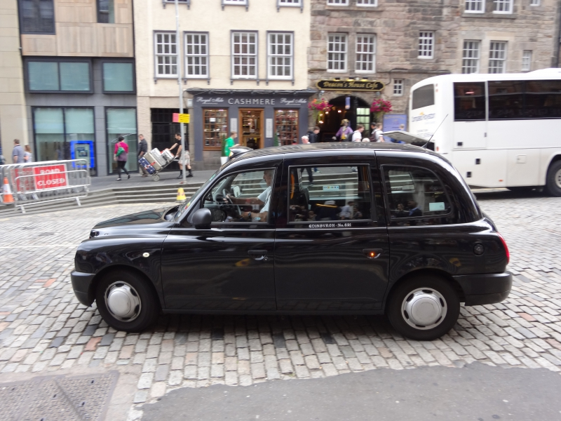 Taxi in Edinburgh