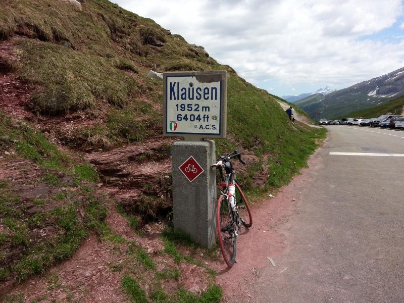 Klausenpass, Passhöhe