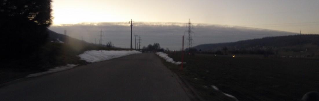 Das Wolkenband vor Augen