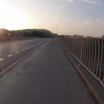 Morgenstimmung über dem Autobahnzubringer