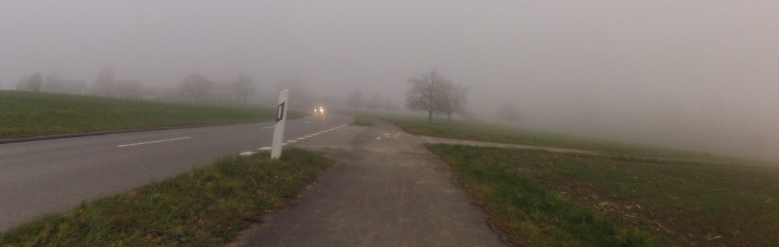 Durch den Nebel über dem Seetal