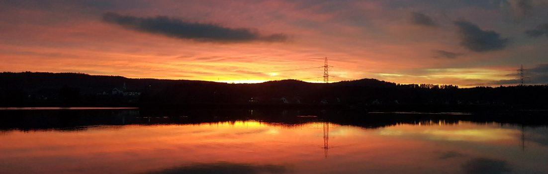 Abendrot über dem Klingnauer Stausee