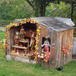 Herbstliches Gartenhaus